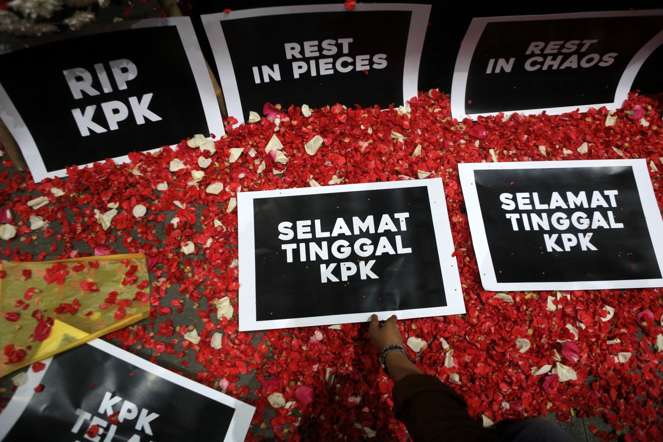Forget KPK, we need a sharper weapon to fight graft