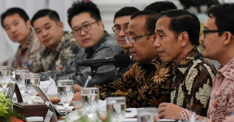 Jokowi nudges Cabinet again for lack of progress in COVID-19 fight