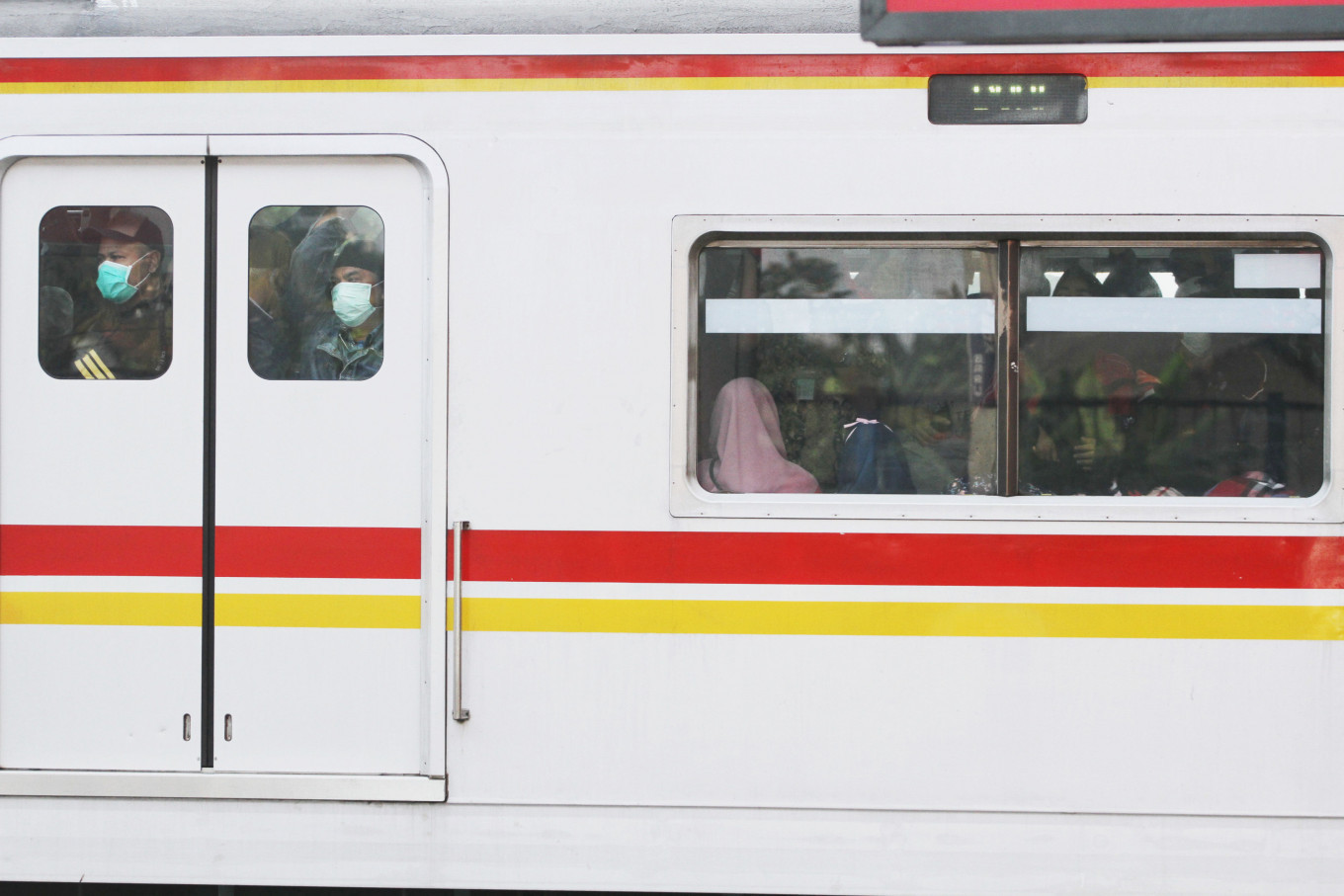 Commuter line's operational hours return to normal