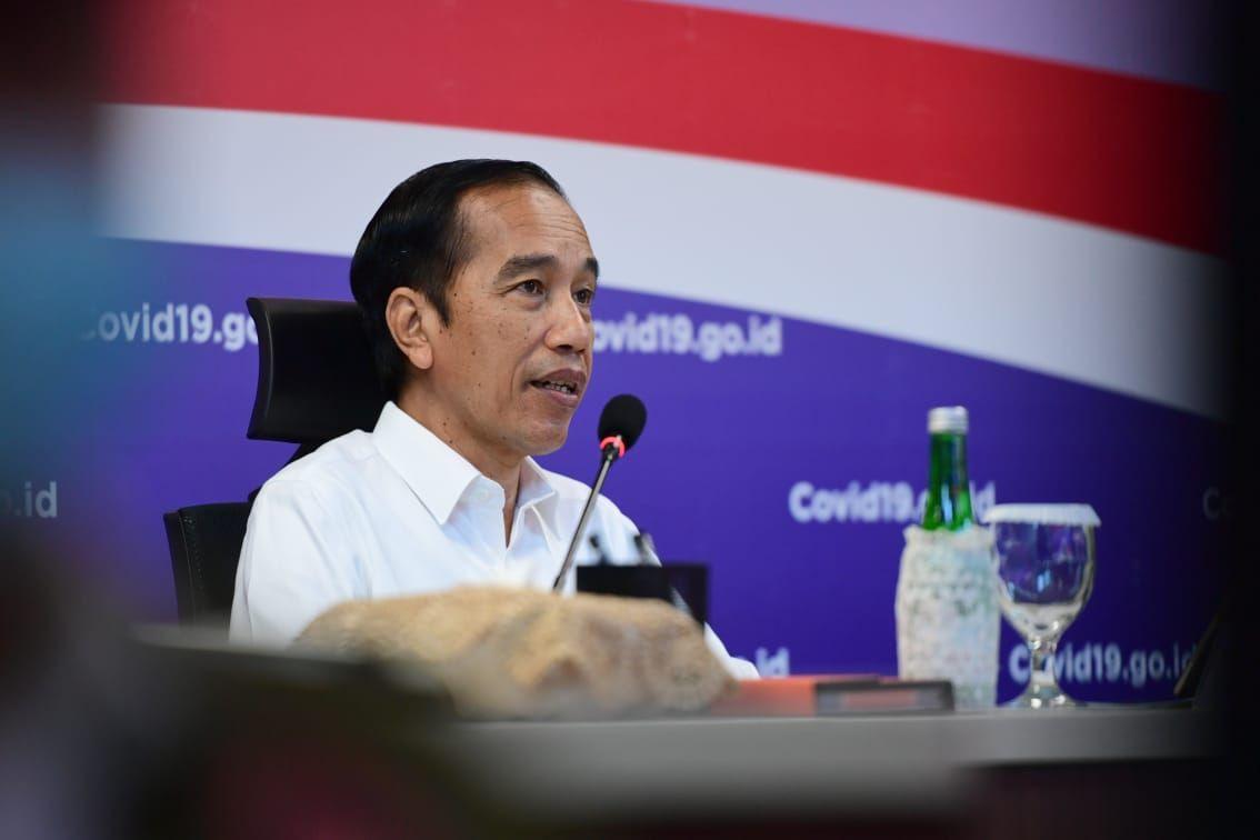 Jokowi calls on TNI to change spending policy